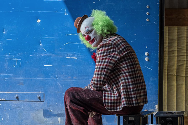Get a Better Look at Joaquin Phoenix's Joker In New Set Videos
